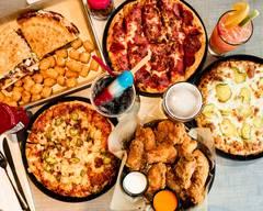 Cameo Pizza: 27250 Crossroads Pkwy