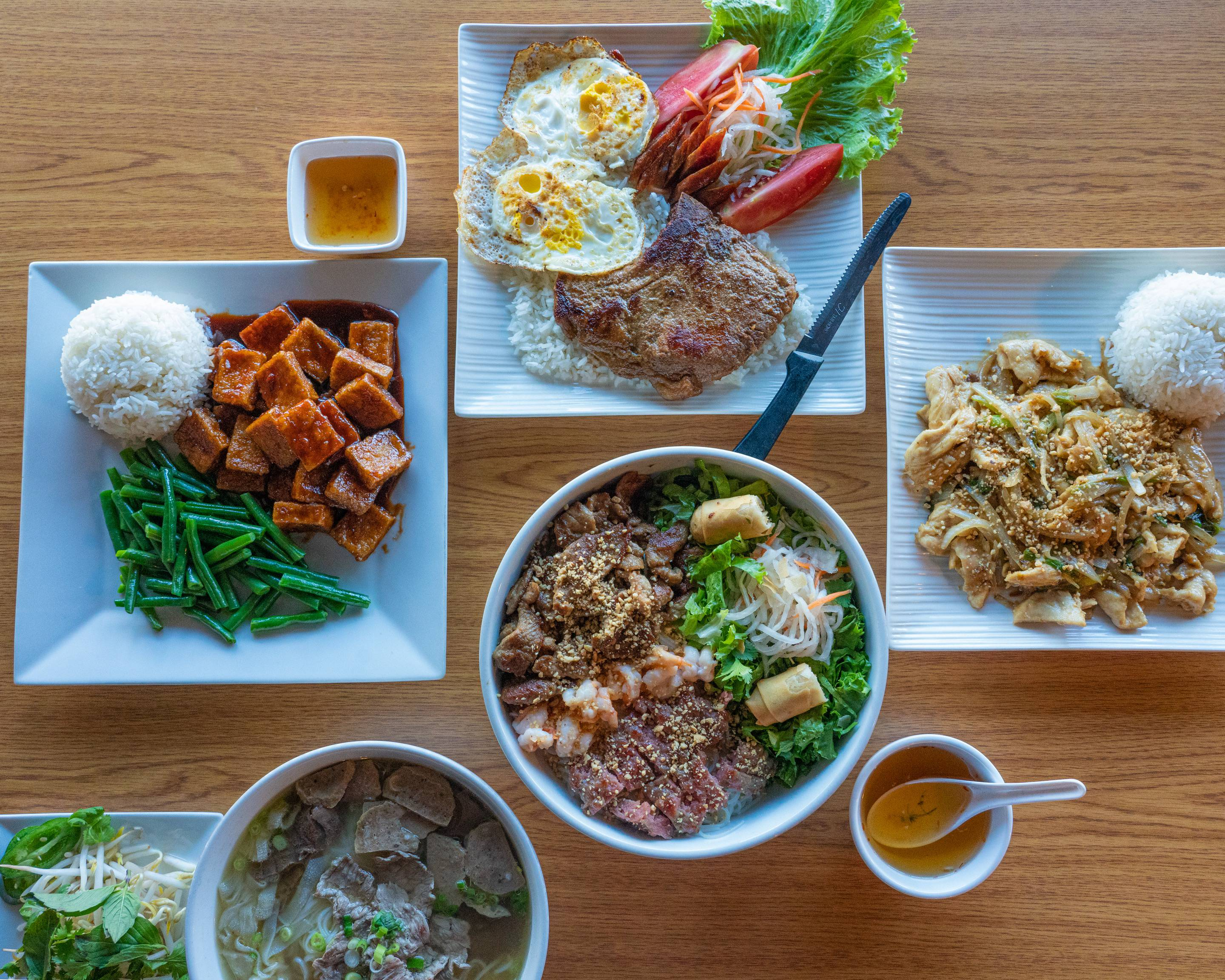 Order Cre-Asian Delivery Online | South Bend | Menu ...