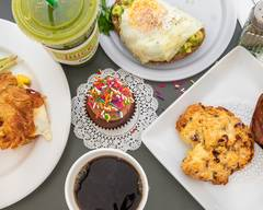 Cups & Cakes Cafe, Juice Bar, and Bakery