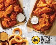 Buffalo Wild Wings (4320 Saint Michael Dr)