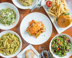 Newk's Eatery (4700 Hardy Street)