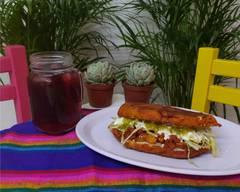 La Mexicana, Antojería de Calle.