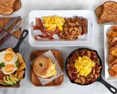Breakfast in a Scramble (AUS04-1)