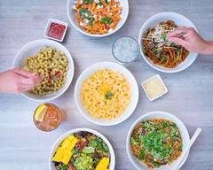 Noodles & Company (15630 W National Ave)
