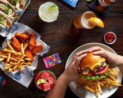 Dave & Buster's (Overland Park)