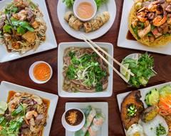 Que Ta Banh Canh Trang Bang