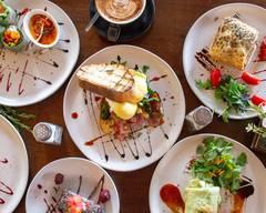 Momento City Cafe
