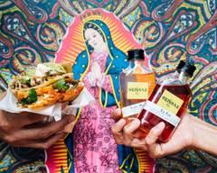 Las Gringas + Kitch
