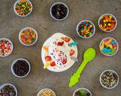 Menchie's Frozen Yogurt (329 24th St,)