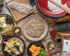 手打ちそばと一品料理の定七 Noodle Restaurant Sadashichi