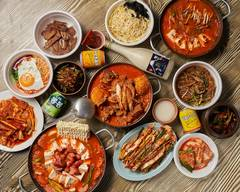 韓国料理 松屋(まつや) Matsuya Korean Traditional Cousine