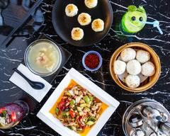 Chow Fusion Restaurant 周记