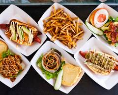 NOMOO New American Burgers