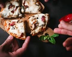 Pizza E Sfizi Al Buchetto