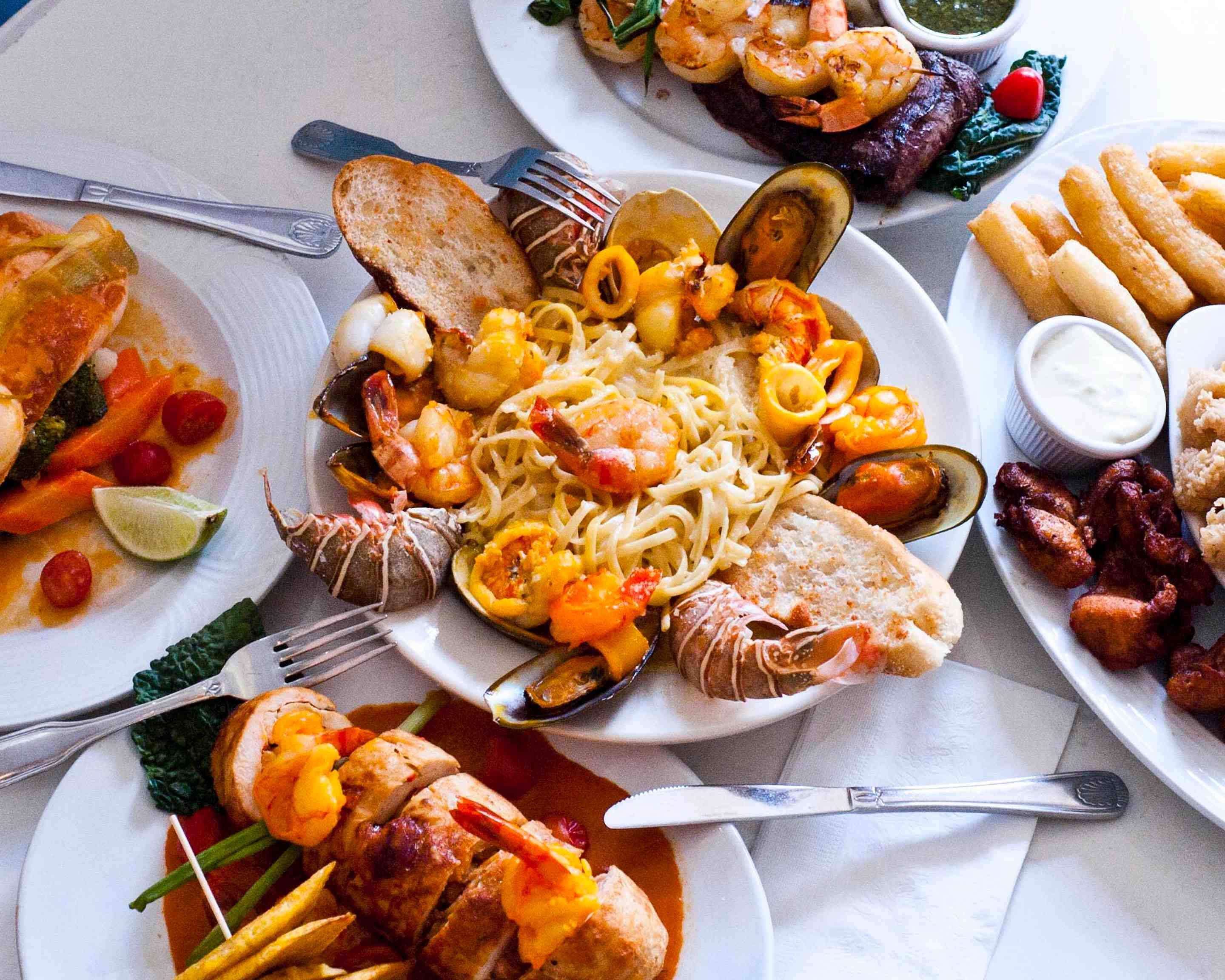 Order Seafood Lovers Delight Delivery ...