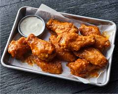 Hoots Wings (3701 Call Field Road)
