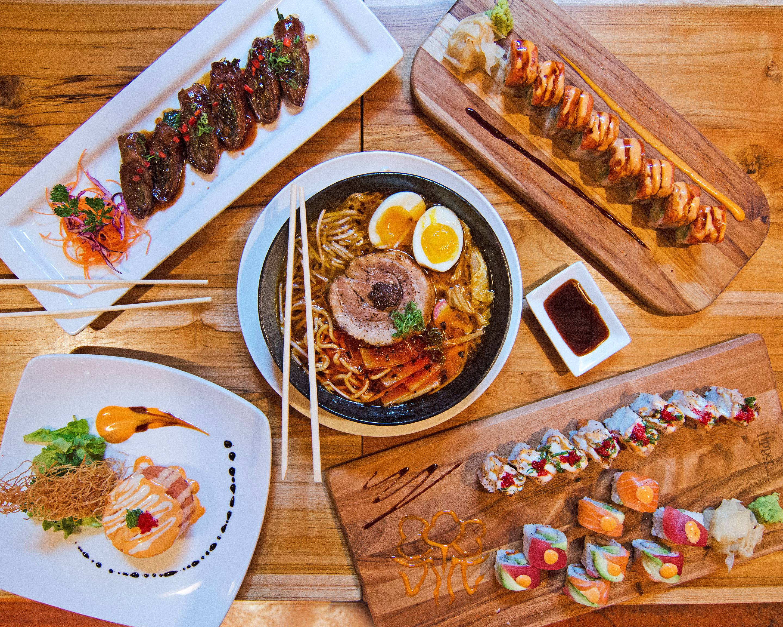 Zenna Thai Japanese Restaurant Delivery Dallas Uber Eats