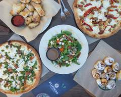 Flippers Pizzeria - Lake Mary