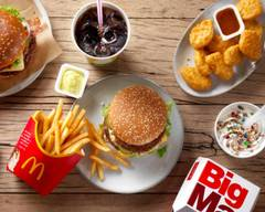 McDonald's (Castelo Branco Drive)