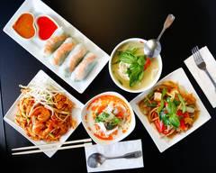 Papaya Thai Cuisine and Sushi Bar (Pooler)