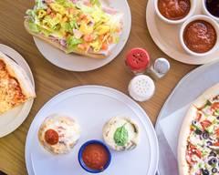Dallis Restaurant & Pizzeria (Lake Mary)