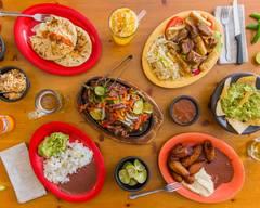 Las Cazuelas Restaurant & Pupuseria