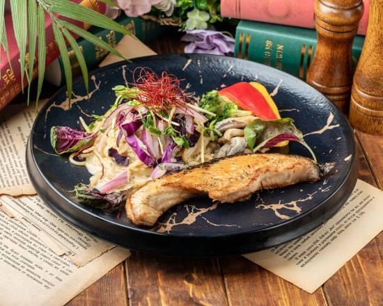 巴塔哥尼亞鮭魚白醬義大利麵Patagonian Salmon