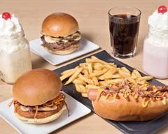 WOOPER'S - American Diner