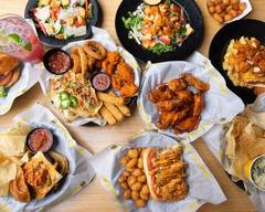 Buffalo Wild Wings (640 S Highline Place)