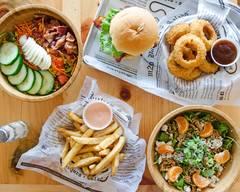 m2o Burgers & Salads (Philadelphia)