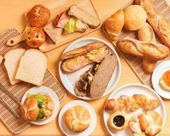 コムズベーカリー Komu's Bakery