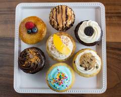 Molly's Cupcakes (Orland Park Mall)