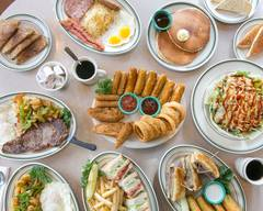 Spires Restaurant (Long Beach)