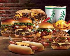 Nathan's Famous (7 Backus Ave)
