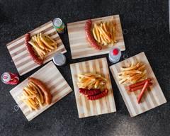 Nesta Fast Foods, Taxi Centre