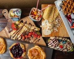 Cream & Crepes Cafe