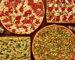 Gomez Tacos & Pizza