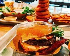 Shack Attakk (Burgers - Bar Laitier) Montréal