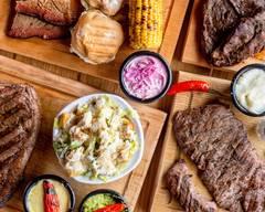 Los Cortes. Smoked Brisket, steaks & drinks (La Primavera)