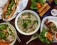 Saigon House Restaurant (W Wyandotte St)