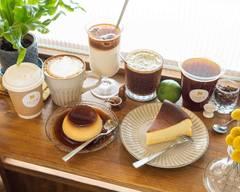 Little M cafe