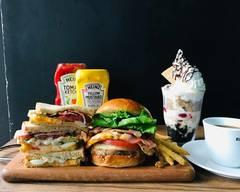 お洒落なカフェランチ ハンバーガーとライス・プレート専門店 チェルシーカフェ渋谷店 Chelsea Cafe Shibuya