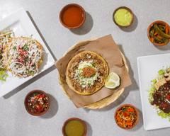 Tacos Tabasco Centro Historico Quetzaltenango, Cafe & Restaurante