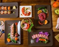 Orange Roll & Sushi (Orange)
