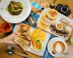 Leon Villas Restaurant