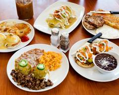 The Broken Yolk Cafe - San Marcos