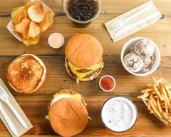 Rogers Ice Cream & Burgers(hayden)