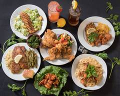 Hook Fish & Chicken Bar & Grill