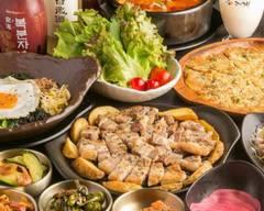 自家製だしが体にやさしい韓国ダイニング HANOK(はのく) Jikasei dashi ga karadani yasashii Korean Dining HANOK
