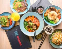 Four Four South Village Noodle Restaurant 四四南村 (Dundas)